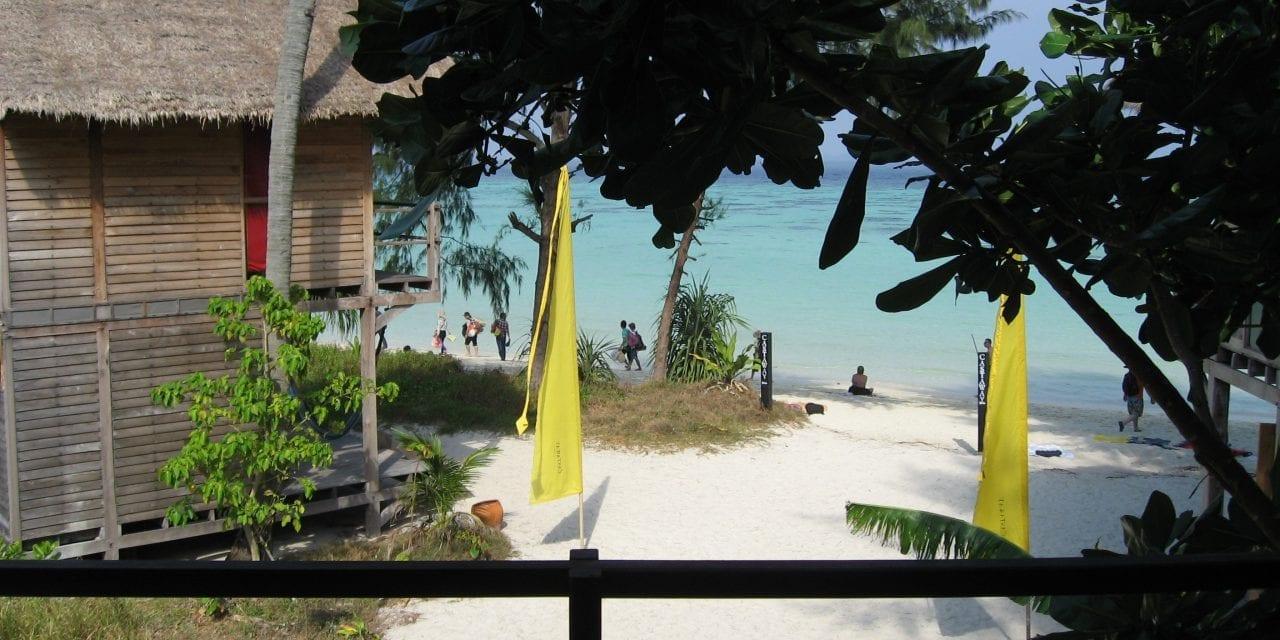 Thai e Khmer 2011